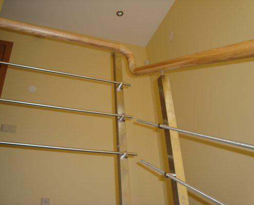 Weeden and stainless steel handrails