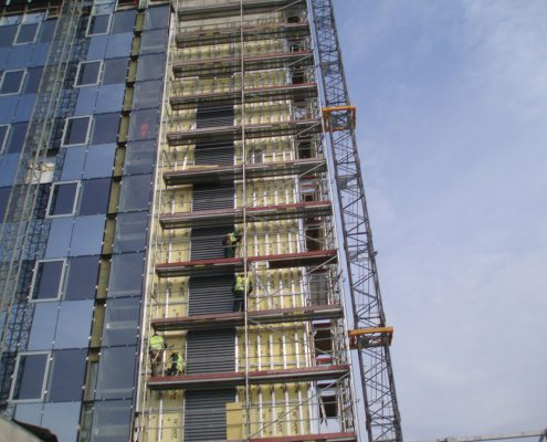 Frame installation for the wall panels